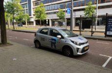 De auto van RTV RIjnmond stond 'smorgens vroe voor de deur
